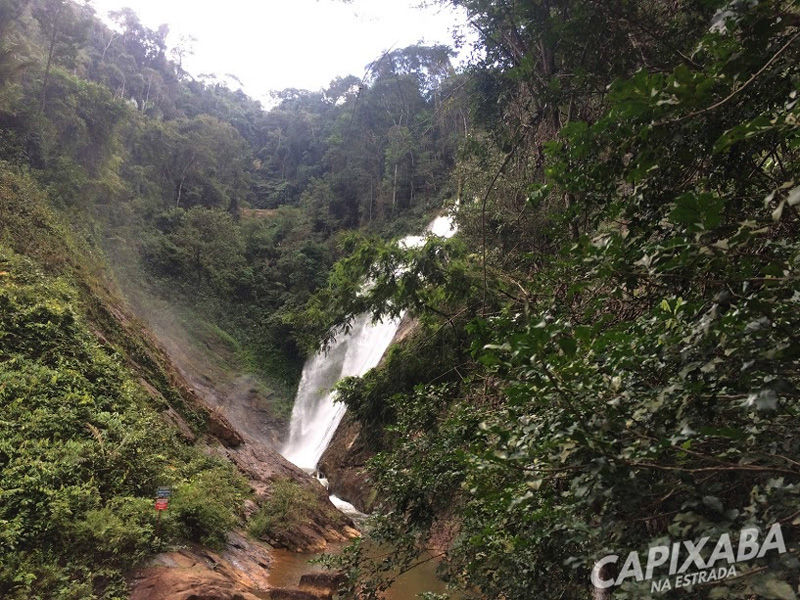 Parque Cachoeira Véu de Noiva