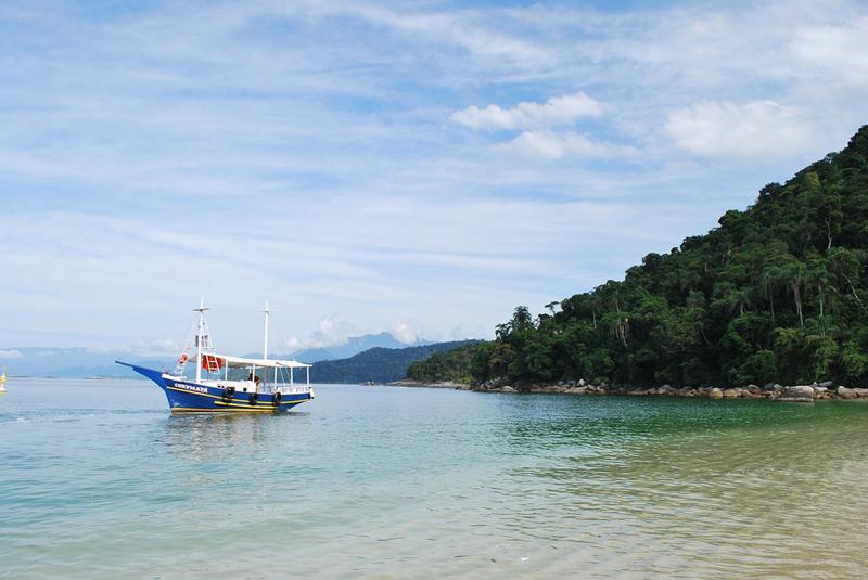 praias para passar o réveillon no Brasil - Angra dos reis